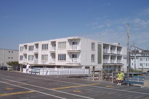 1401 Ocean Avenue, Ocean City Unit: 104 Floor: 1