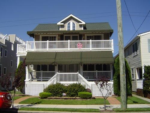 1742 Asbury Avenue, Ocean City Unit: B Floor: 2nd