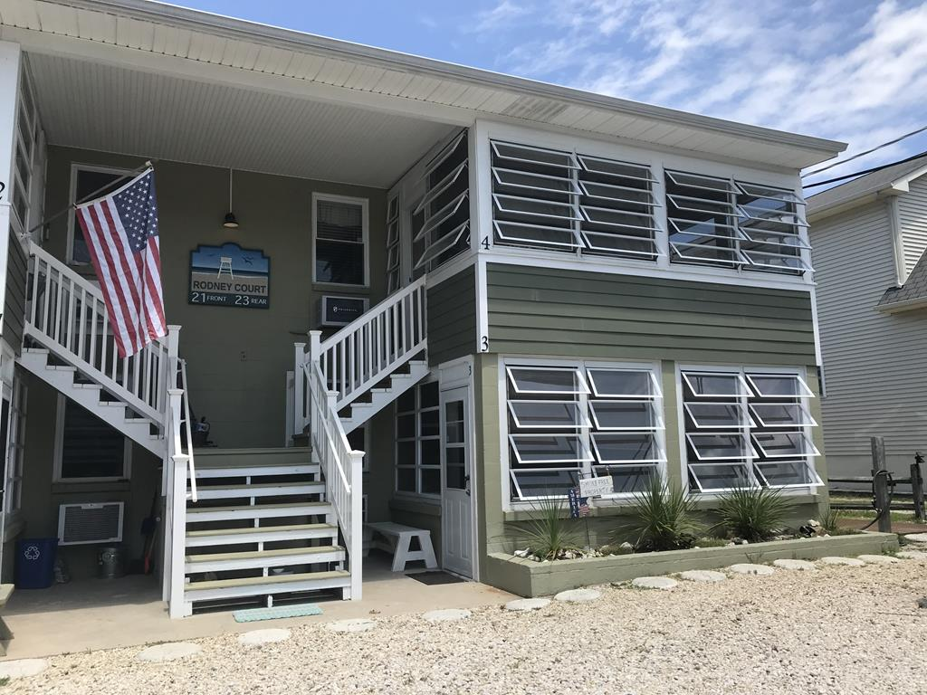 21 Rodney Ave. - #3 Rodney Ct., Dewey Beach Unit: 3 Floor: 1