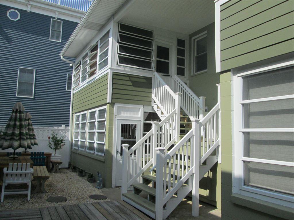 23 Rodney Court  -  7 Rodney Ct., Dewey Beach Unit: 7 Floor: 1