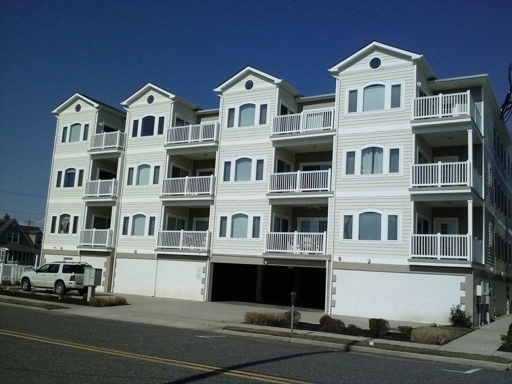 401 E Aster  Road, Wildwood Crest Unit: 203 Floor: 2