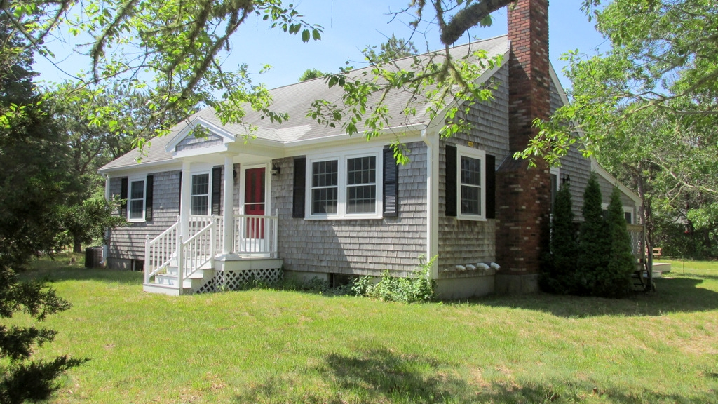 135 Meadow Drive, Eastham