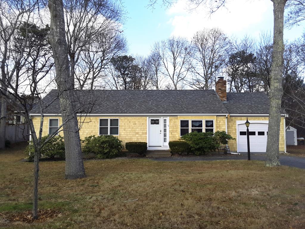 54 Southgate Drive, Hyannis