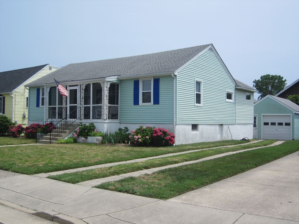 926 Benton Avenue, Cape May