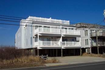 1204 Landis Ave, Sea Isle City Unit: C Floor: 1st-North