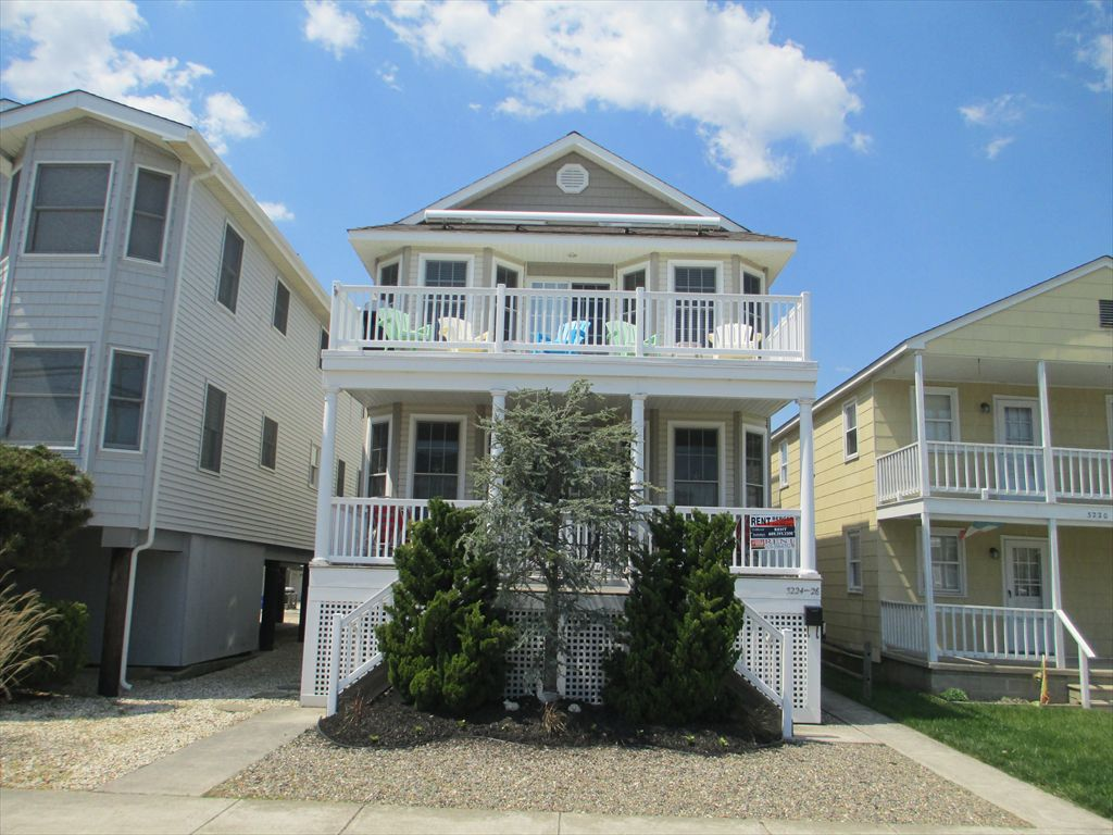 3226 West Avenue, Ocean City Unit: B Floor: 2nd