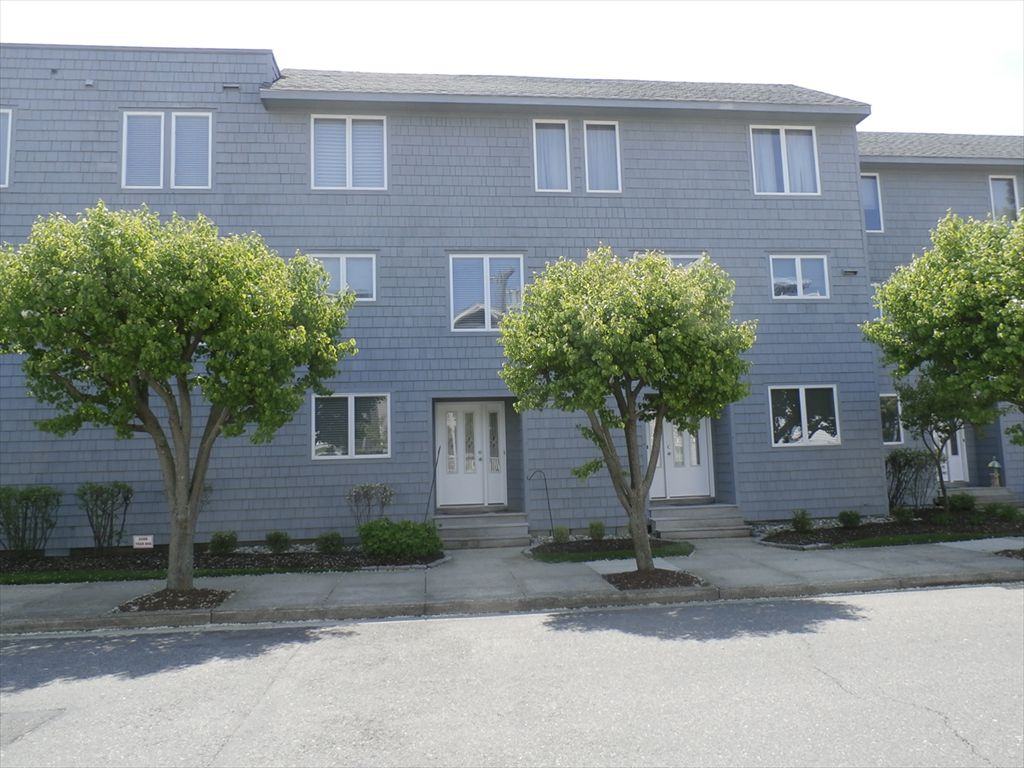221 Corinthian Ave, Ocean City Unit: 4