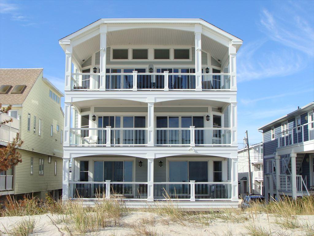 7717 Pleasure Avenue, Sea Isle City Unit: South Floor: Top