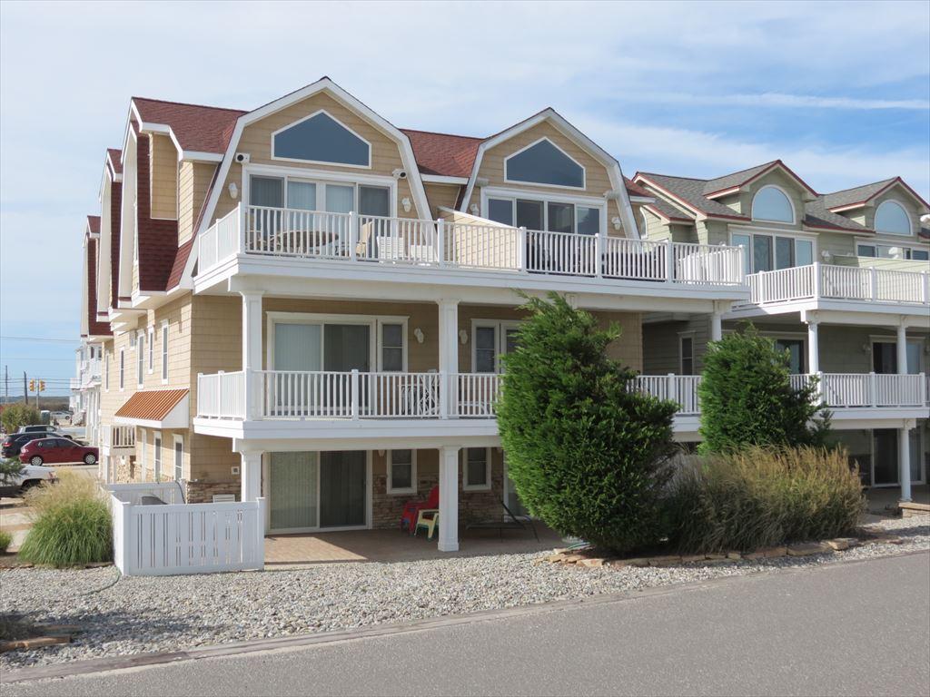 3212 Boardwalk, Sea Isle City Unit: South