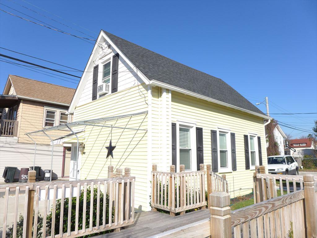 320 Wesley Avenue, Ocean City  Floor: Cottage