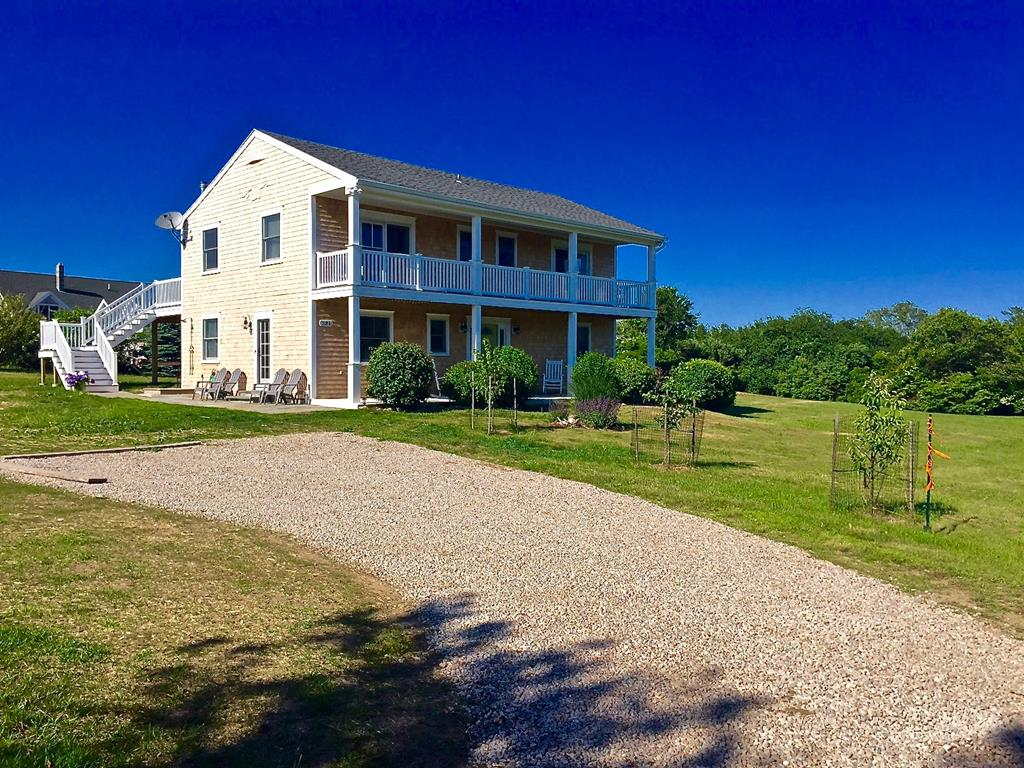 531 Turkey Hollow, Block Island