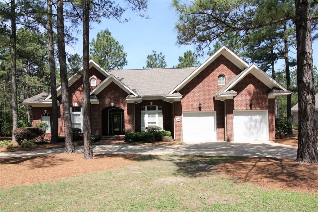 109 Juniper Creek Blvd, Pinehurst