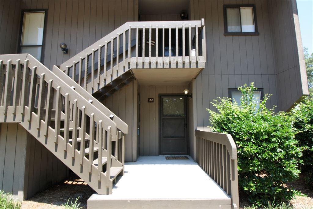 St. Andrews 105, 10 Pine Tree Road, Pinehurst Unit: 105 Floor: 1