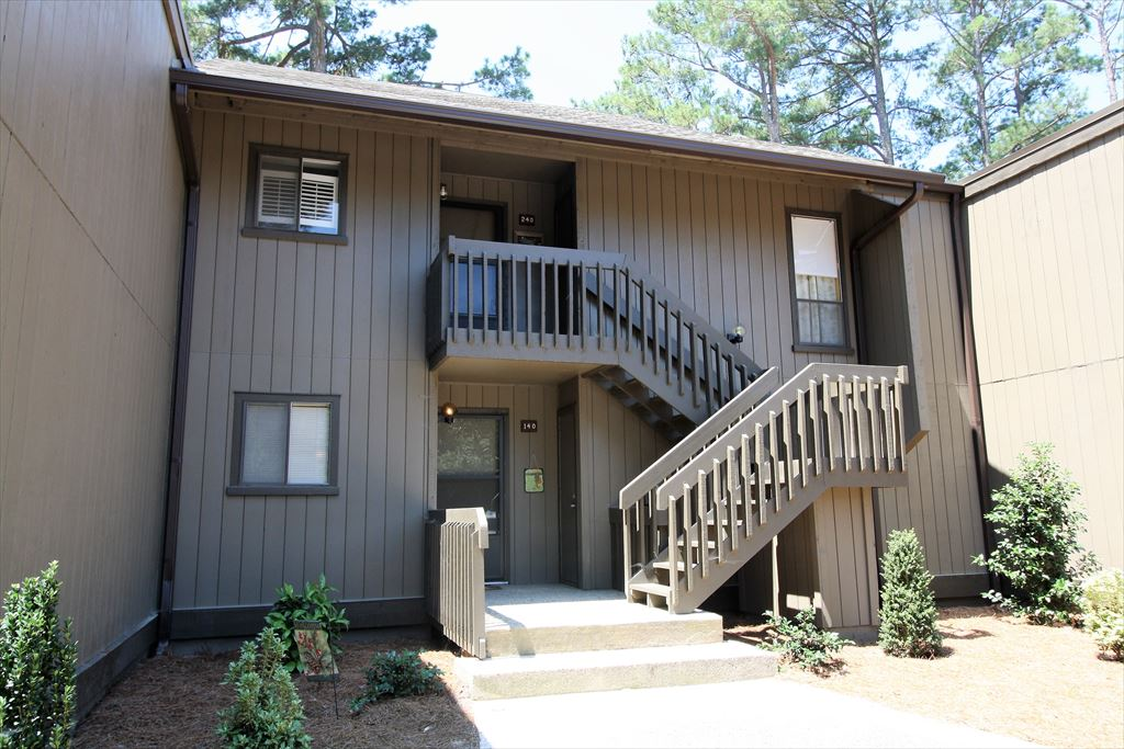 Saint Andrews #140 - 10 Pine Tree Road, Pinehurst Unit: 140 Floor: 1