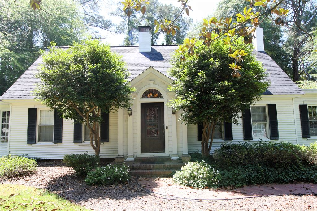 280 Cherokee Road, Pinehurst