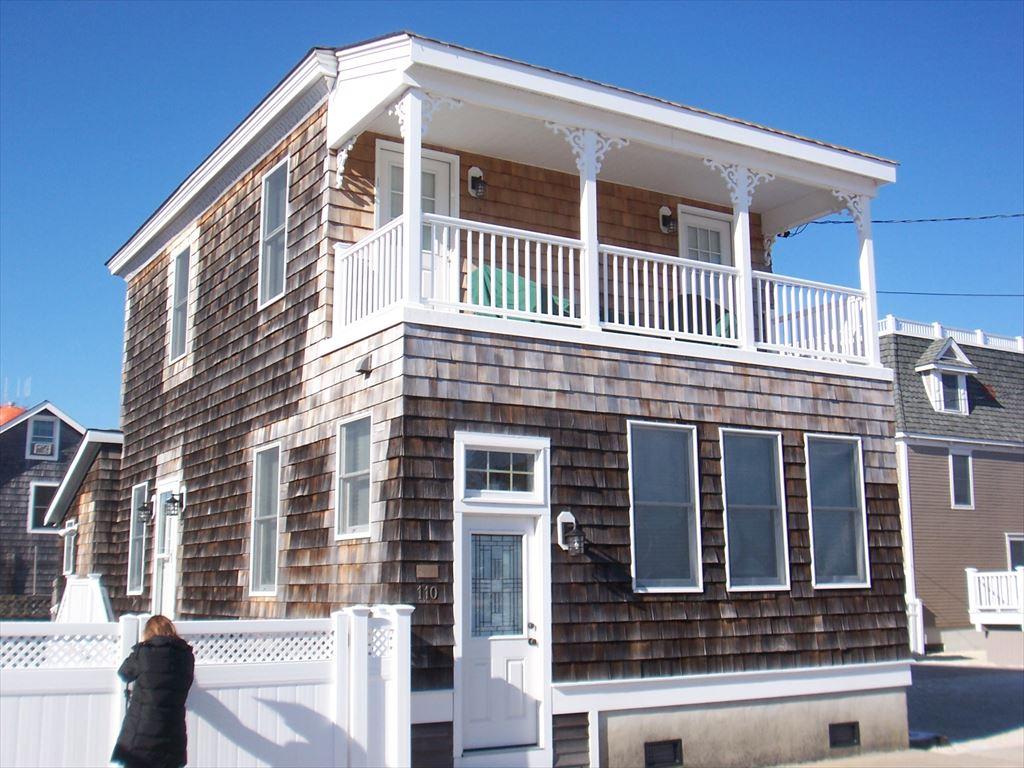 110 S Beach Avenue, Beach Haven