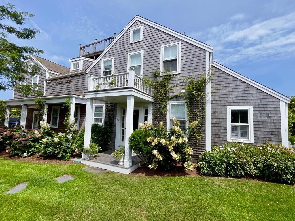 65 Cliff Road, Nantucket