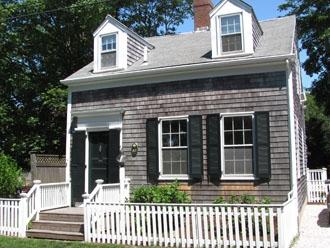 85 North Liberty Street, Nantucket