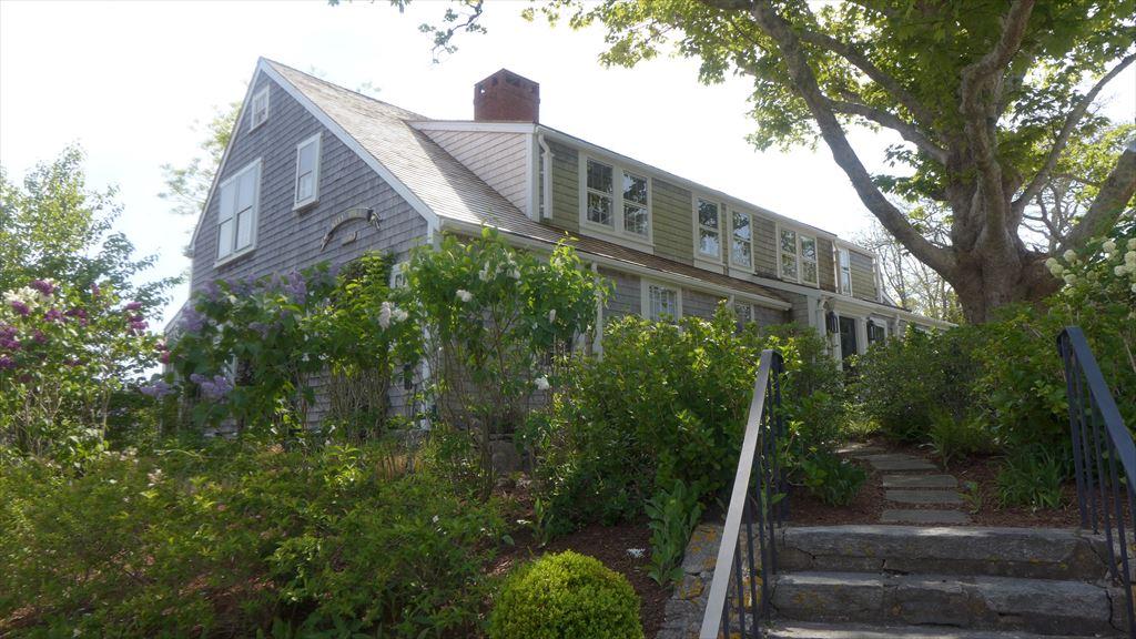 86 Centre Street, Nantucket