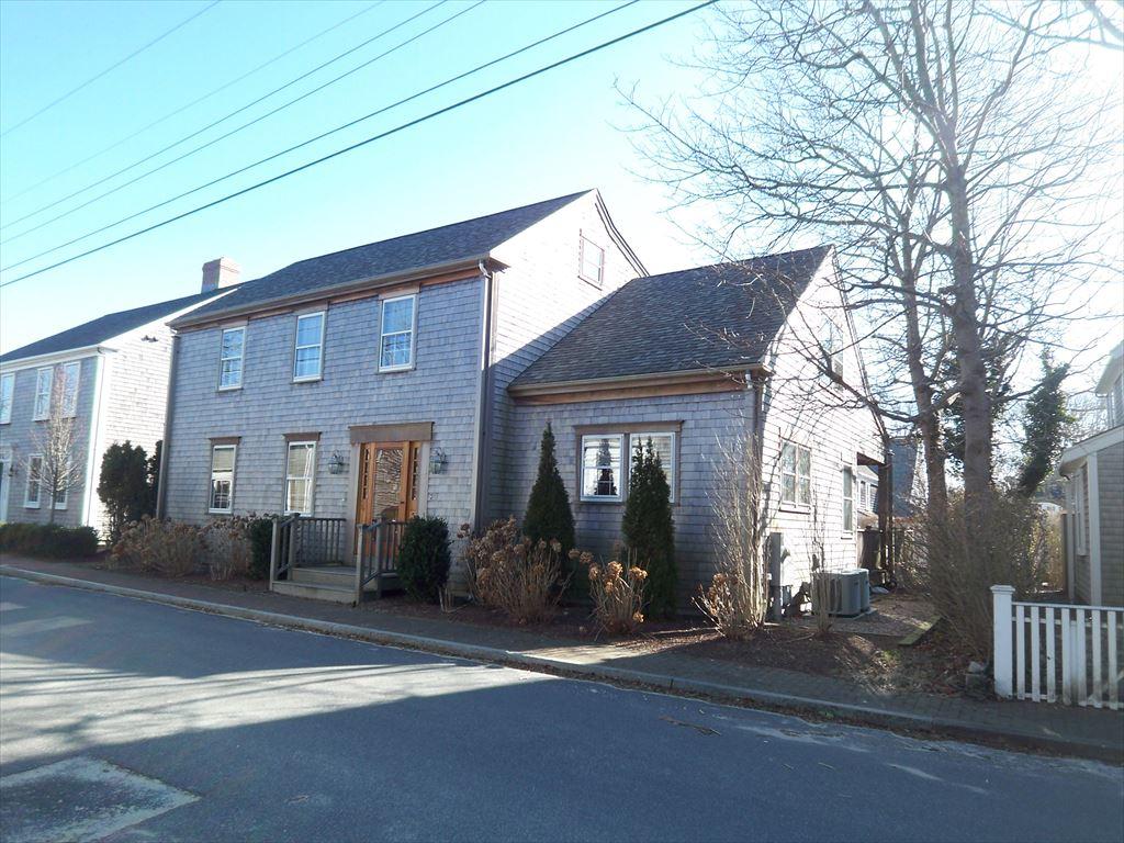 10 Vestal Street, Nantucket