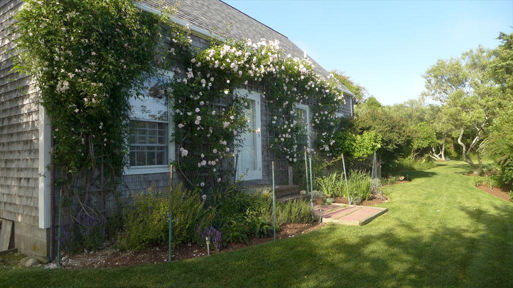 11 Meeting House Lane, Nantucket