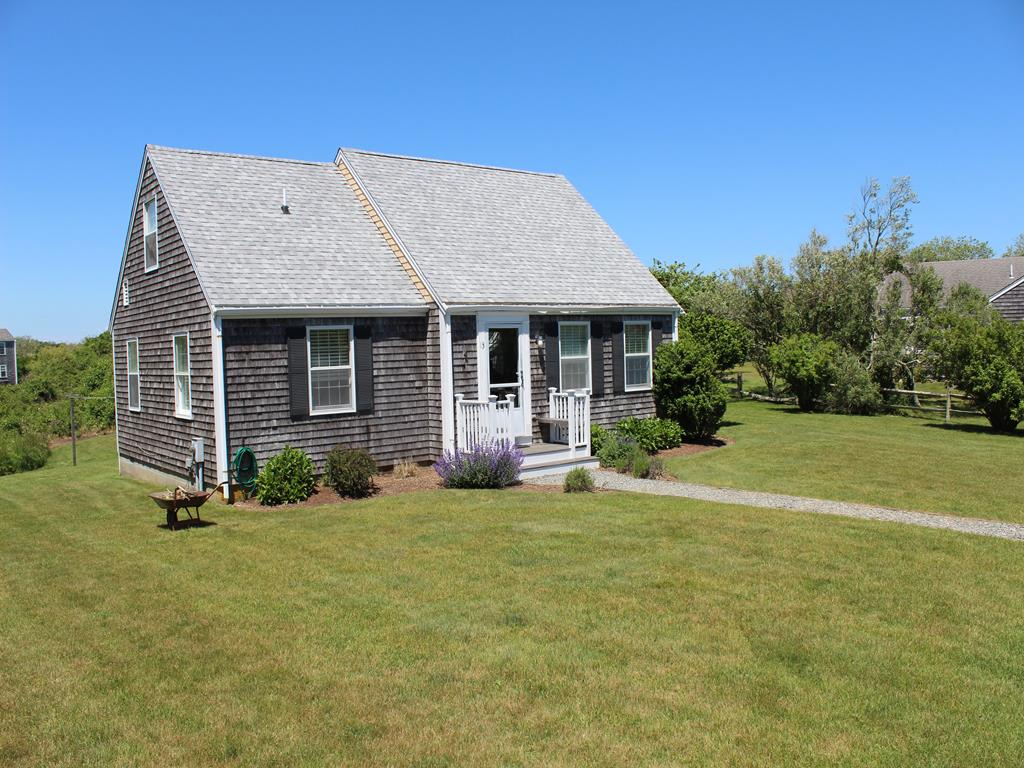 13 Meadow Lane, Nantucket