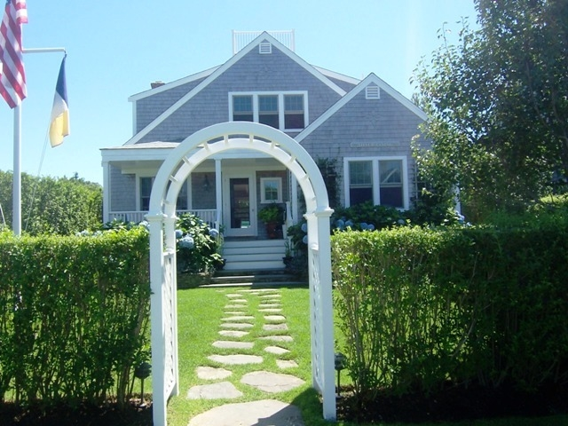 14 East Lincoln Ave, Nantucket