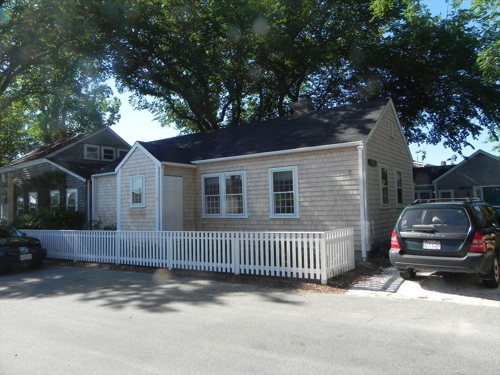 15 A Vestal Street, Nantucket