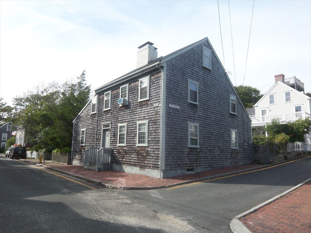 19 Hussey Street, Nantucket