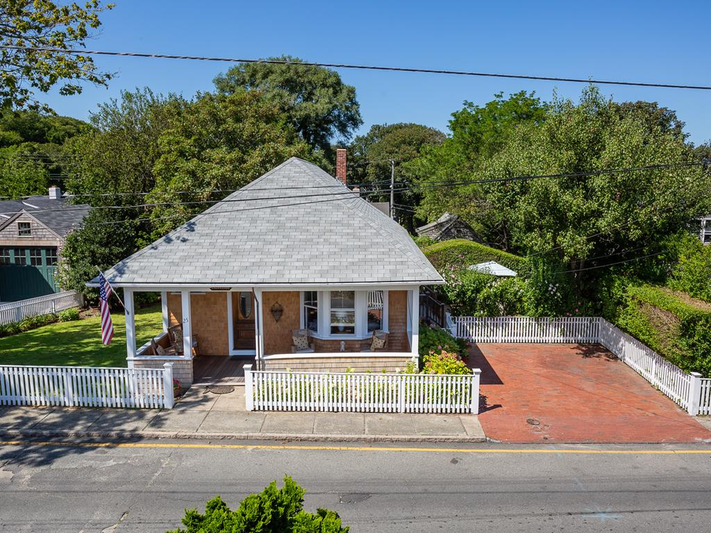 25 York St, Nantucket