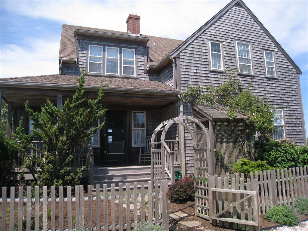 31 Ridge Lane, Nantucket
