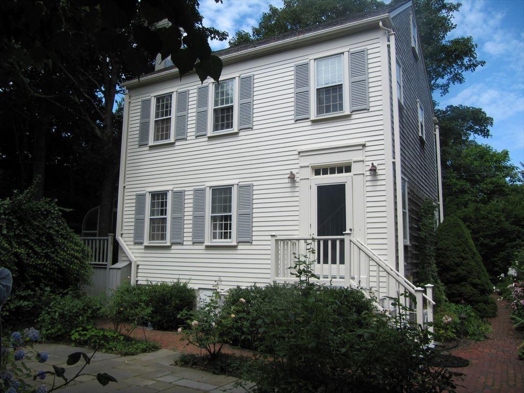 33.5 Pleasant Street, Nantucket