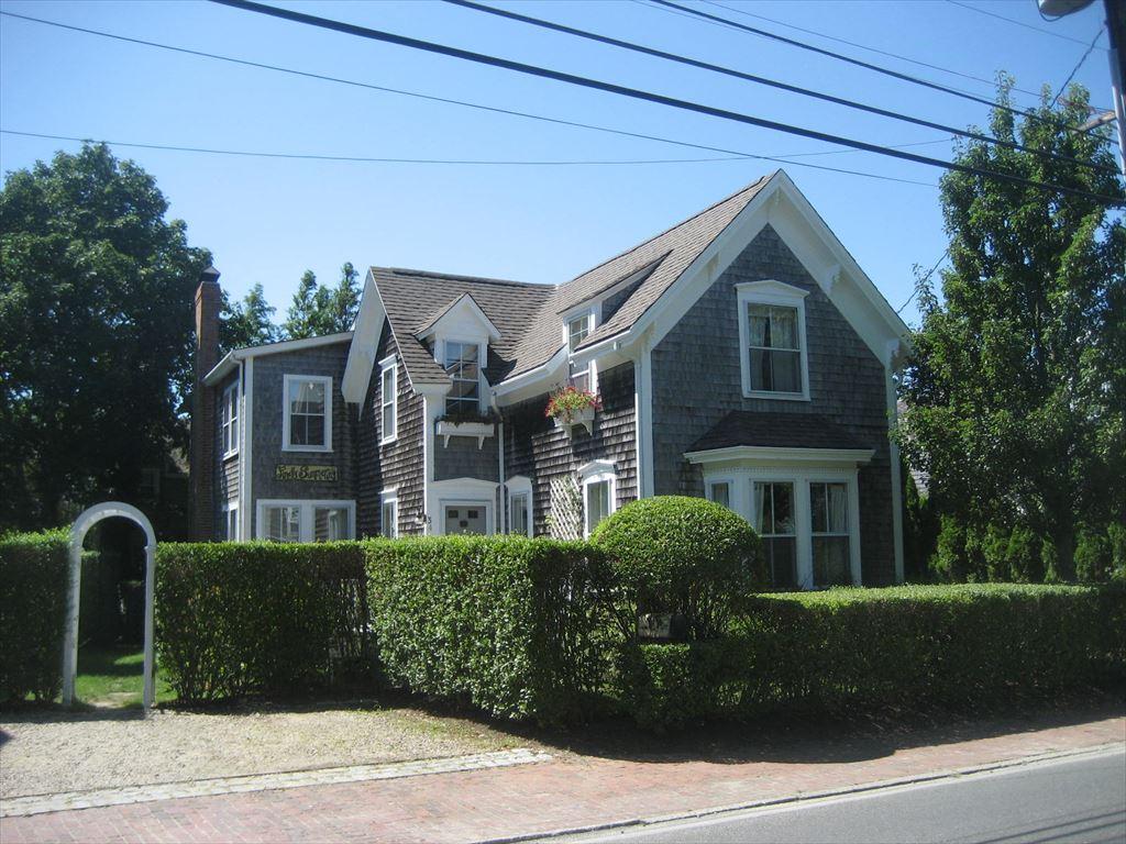 34 Cliff Road, Nantucket