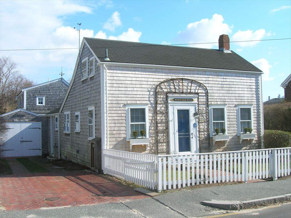 39 North Liberty Street, Nantucket
