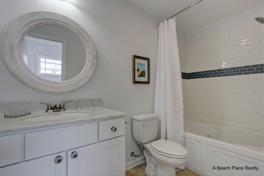 Master Bath - Soaking Tub/Shower