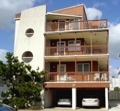 17 42nd Street, Sea Isle City Unit: 3 Floor: 3rd