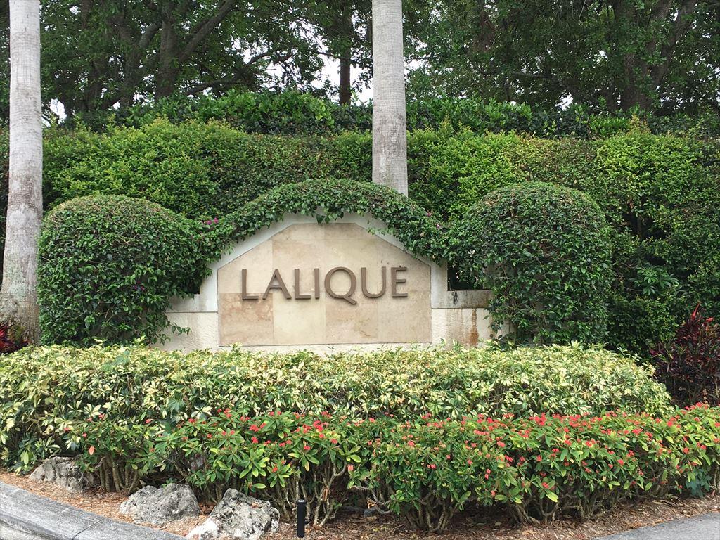 710 Lalique Cr., Naples Unit: 907 Floor: 2nd