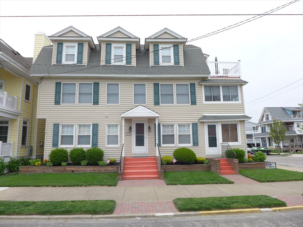 1400 Wesley Avenue, Ocean City Unit: C Floor: 3rd