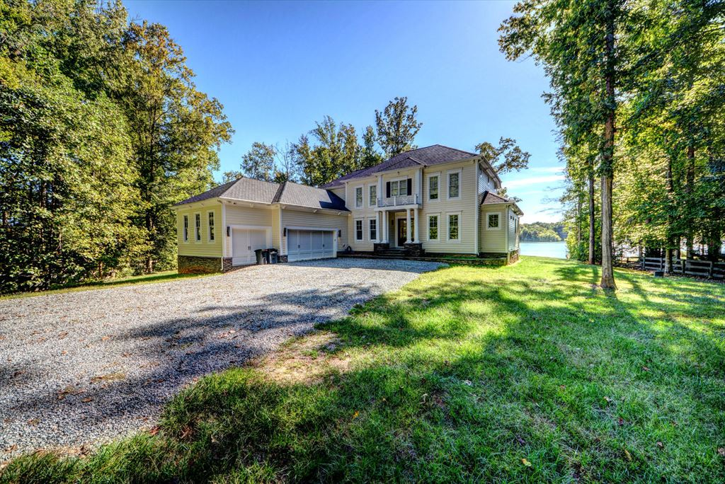 199 Emma Jane Lane, Bumpass