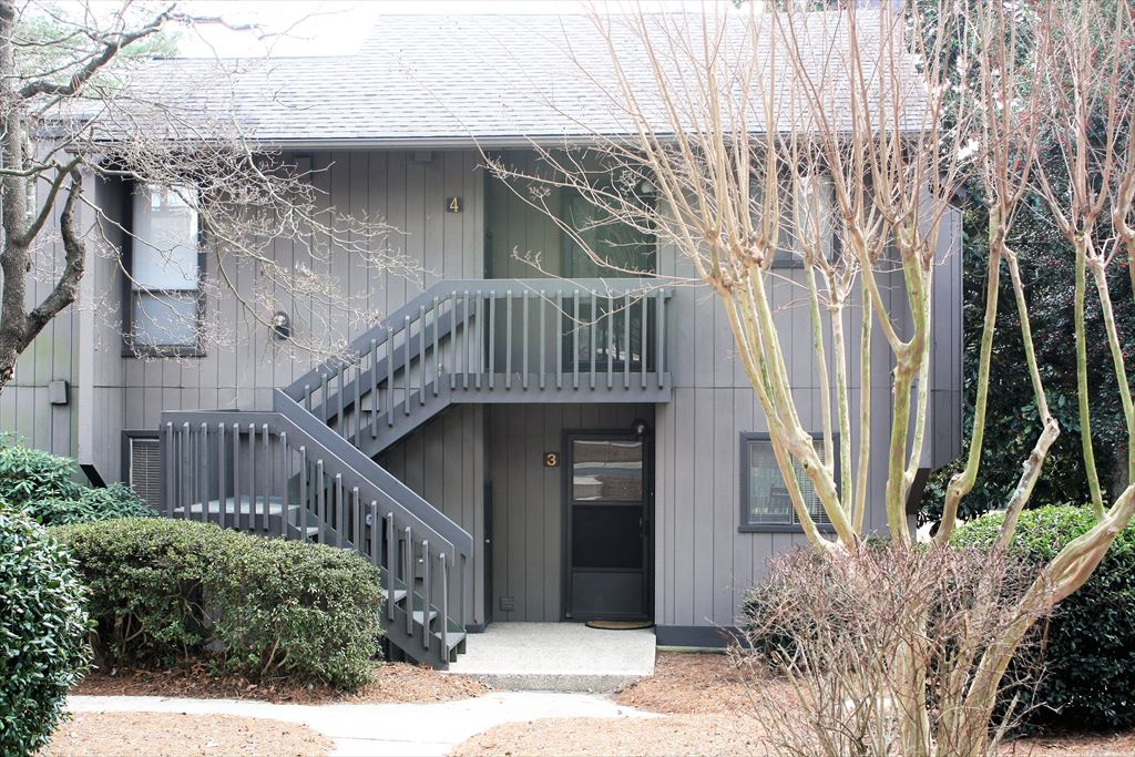 Pine Valley #4, 85 Pine Valley Road, Pinehurst Unit: 4 Floor: 2