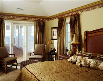Private Master Bedroom Suite with King bed