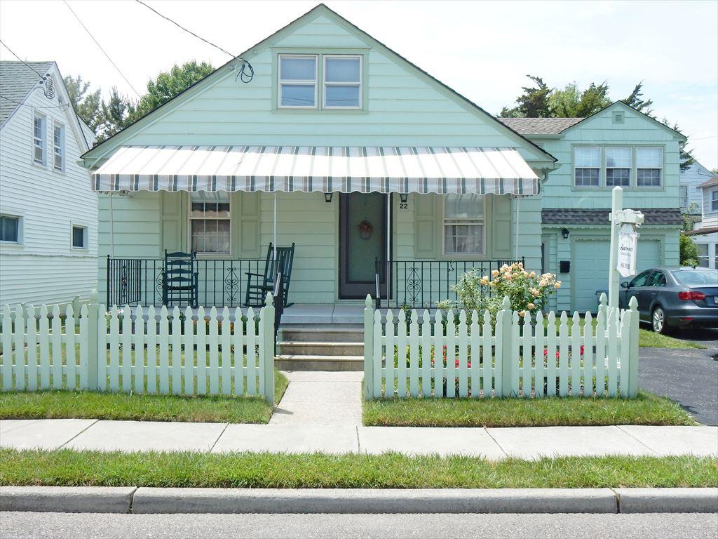 22 Stockton Place, Cape May Unit: A Landside