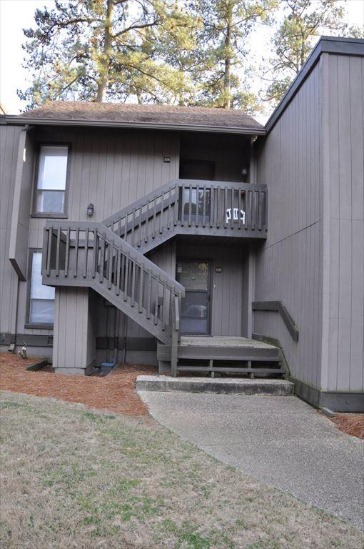 Linville Gardens 206-800 Saint Andrews Dr, Pinehurst Unit: 206 Floor: 2