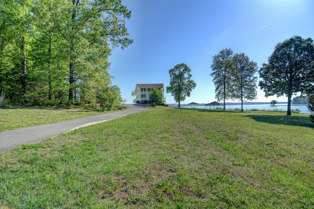 2801 Moody Town Road, Bumpass