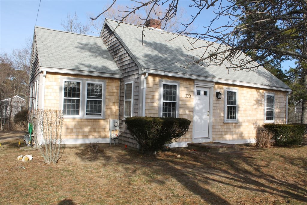 320 Orleans Road, North Chatham