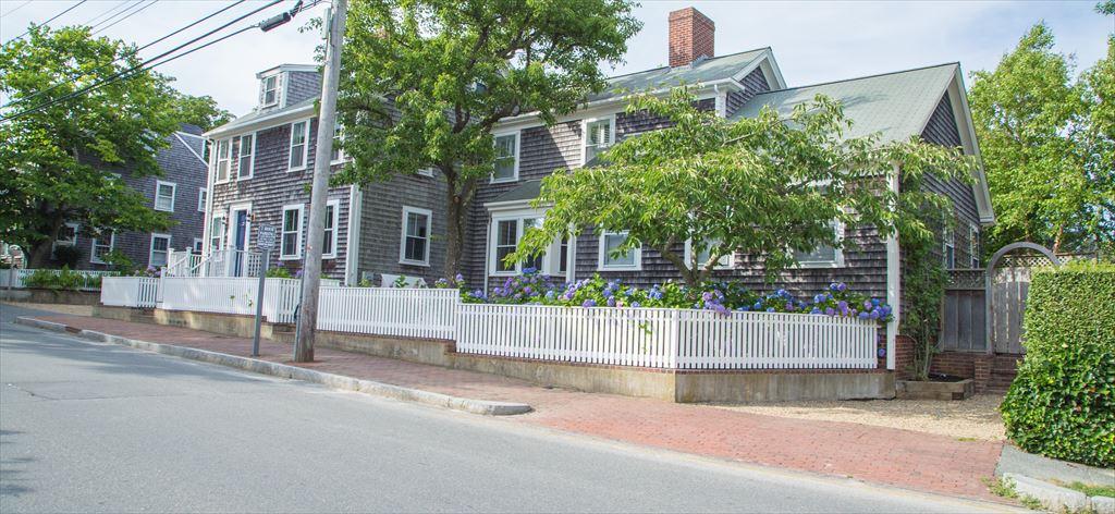 26 Pleasant Street, Nantucket