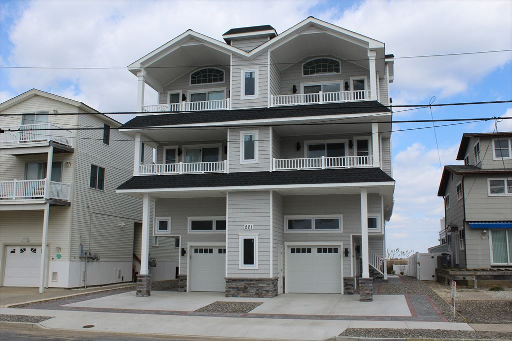 221 36th Street, Sea Isle City Unit: East