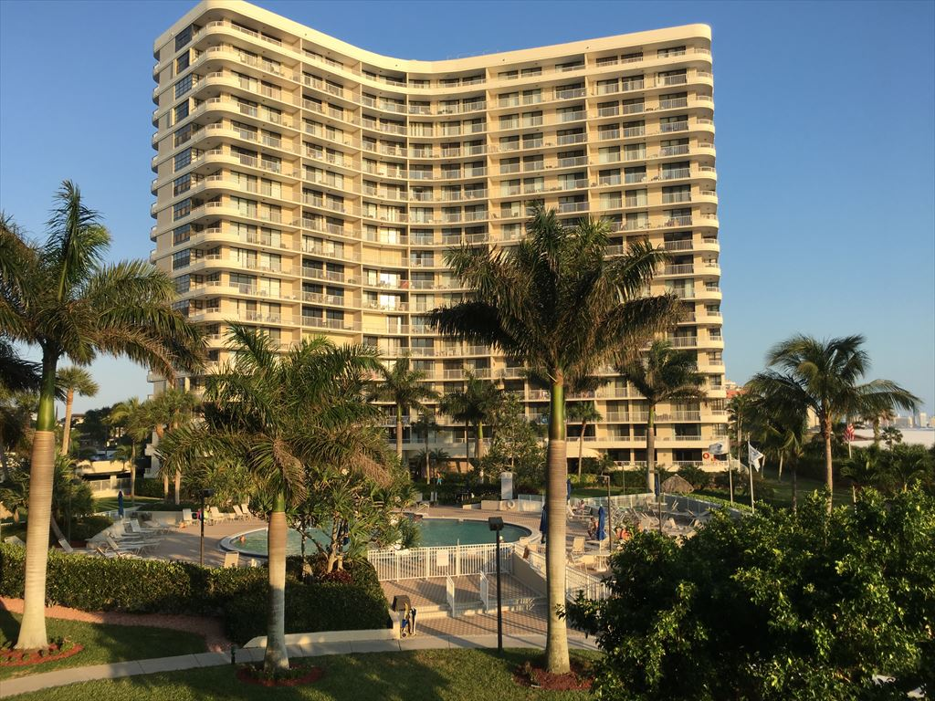 440 Seaview Ct  South Seas IV, Marco Island Unit: 211