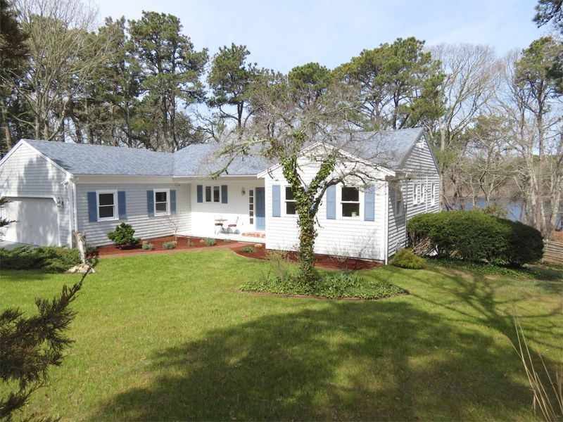 87 North Pond Drive, Brewster