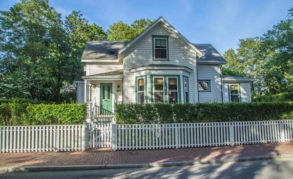 38 Pleasant Street, Nantucket
